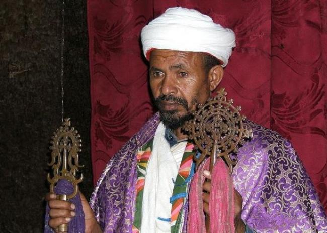 etiopia/https://commons.wikimedia.org/wiki/File:Ethiopian_Religious.jpg