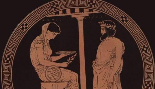 oráculo/https://commons.wikimedia.org/wiki/File:Themis_Aigeus_Antikensammlung_Berlin_F2538.jpg